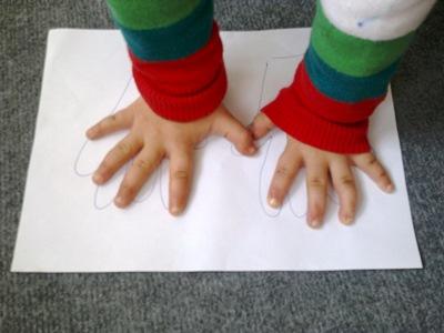 Okul-öncesi-dünyam-elini-ve-ayağını-yerleştirme-oyunu