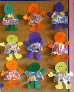 okul-öncesi-dünyam-poşetten-bebek-etkinliği