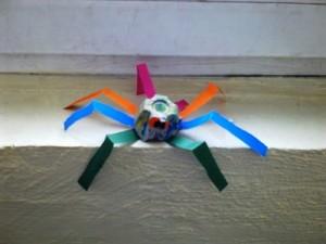 okul-öncesi-dünyam-yumurta-kolisinden-örümcek-etkinliği