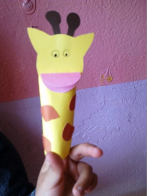 okul-öncesi-dünyam-zürafa-parmak-kuklamız