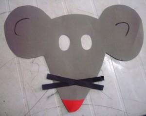 okul-öncesi-dünyam-fare-maskesi-etkinliği