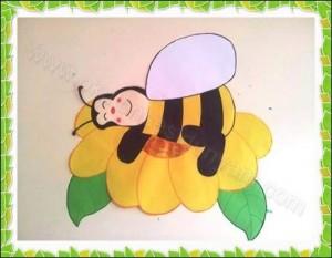 okul-öncesi-dünyam-arı-kapı-süsü-örnekleri